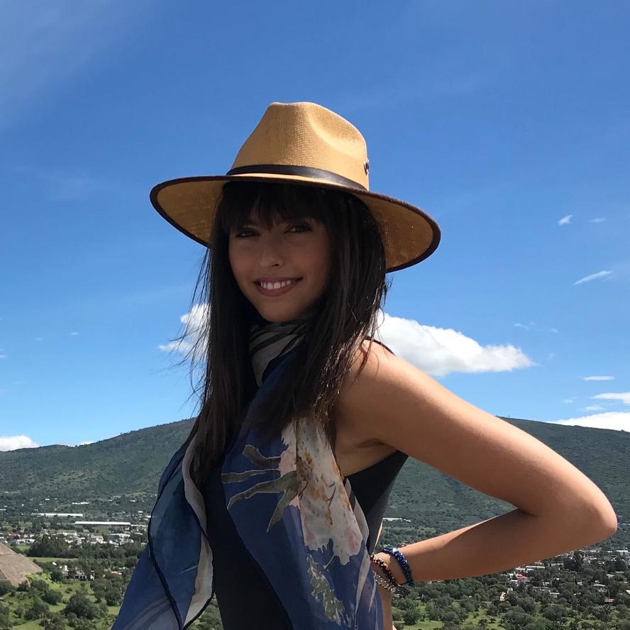 Jasmina bio photo